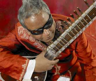 Baluji Shrivastav-red-sitar